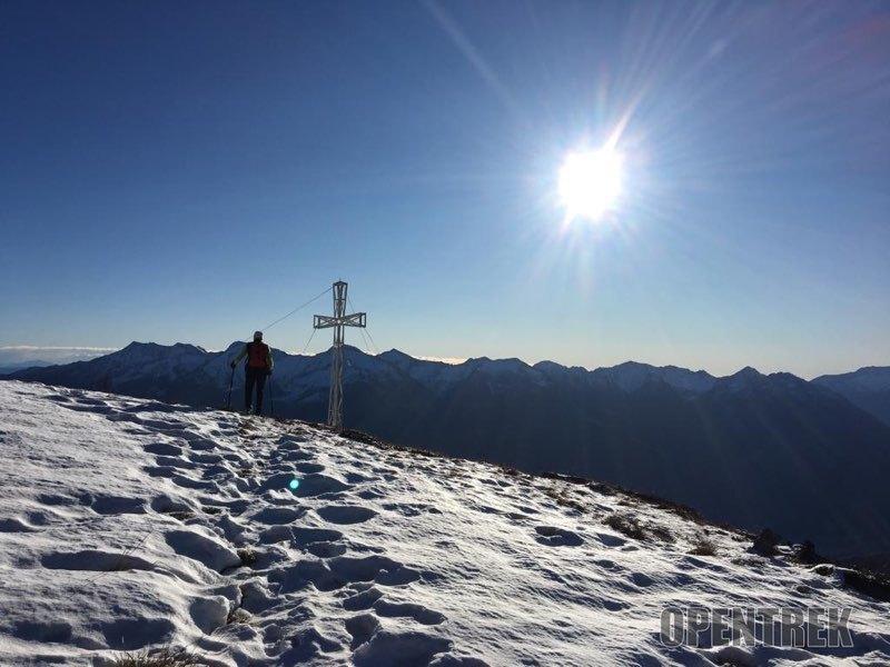 Escursione cima Lariè da Monteossolano